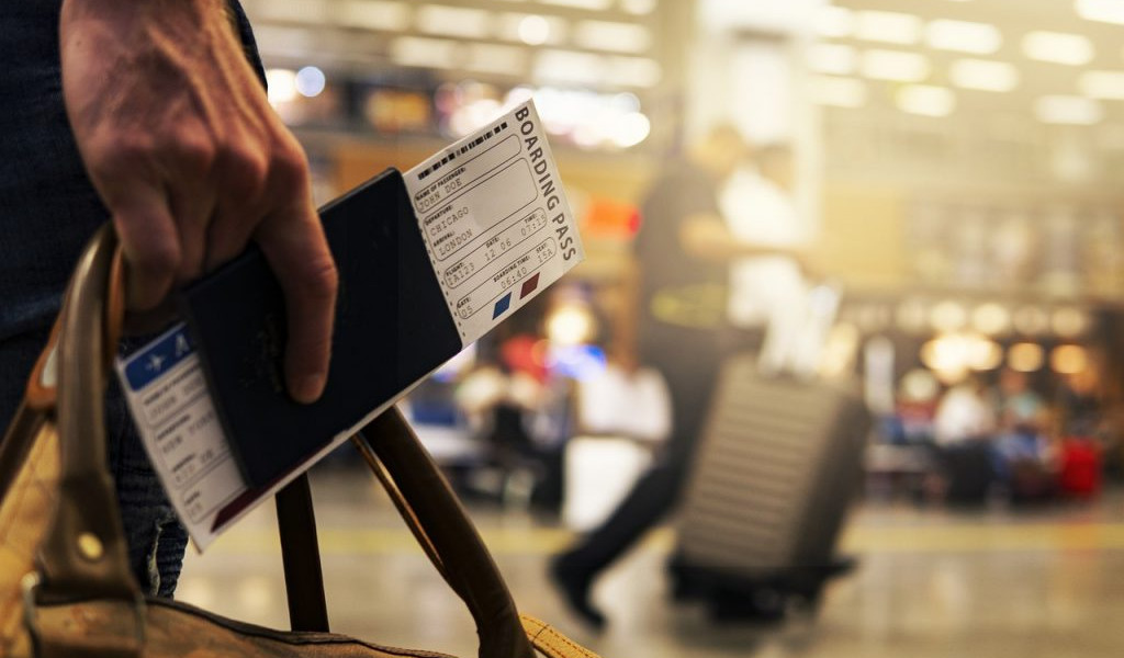 airport-border-control-1024x657